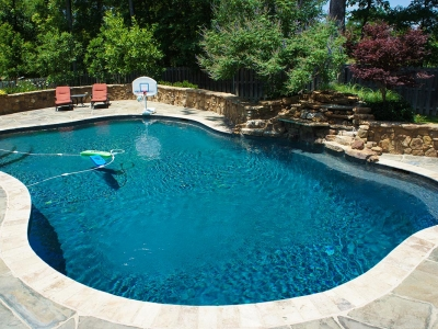 Pretty Backyard Pool Design